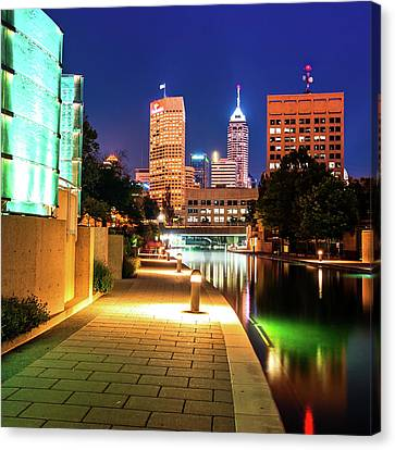 Lighted Walkway To The Indianapolis Indiana Skyline Canvas Print