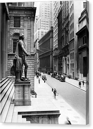 Wall Street Is Virtually Deserted Canvas Print by Everett