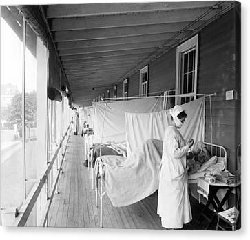Walter Reed Hospital Flu Ward Canvas Print by Underwood Archives