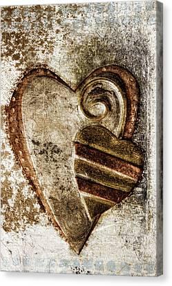 Warm Love Metal Heart Canvas Print by Carol Leigh