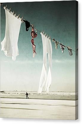 Washday Canvas Print by Manuela Deigert