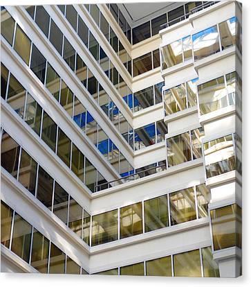 Washington Dc Office Building Canvas Print by Valentino Visentini
