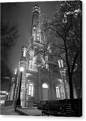Water Tower Chicago Il Canvas Print by Panoramic Images
