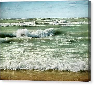 Wave Action Canvas Print