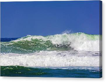 Wave Rolling To The Beach Canvas Print