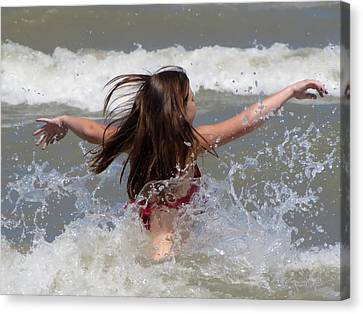 Wave Splash Canvas Print by Maciek Froncisz
