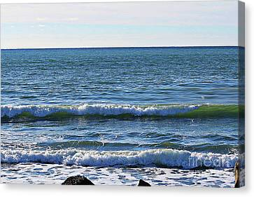 Waves Rolling In Canvas Print by Barbara Griffin