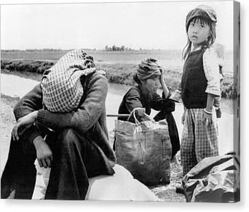 Weary Vietnamese Refugees Canvas Print