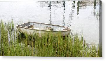 Weathered Old Skiff - The Outer Banks Of North Carolina Canvas Print