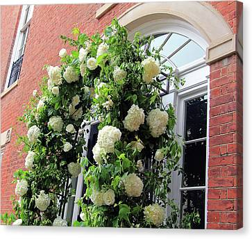 Wedding Flowers On Decatur House Canvas Print by Cora Wandel
