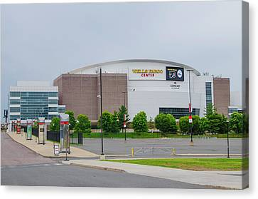 Wells Fargo Center - Home Of The Flyers And Sixers Canvas Print by Bill Cannon
