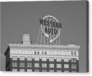 Western Auto Building Of Kansas City Missouri Bw Canvas Print