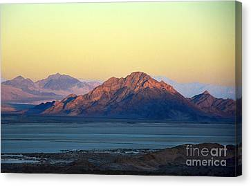 Western Sunset Canvas Print by Dan Holm