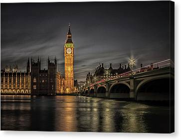 Westminster At Night Canvas Print by Martin Newman