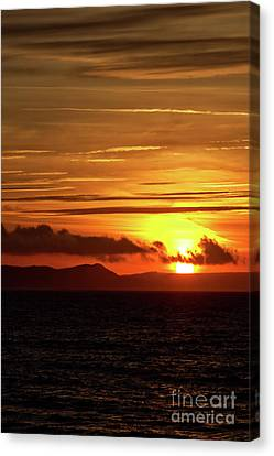 Weymouth Sunrise Canvas Print by Stephen Melia