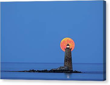 Whaleback Lighthouse With Buck Full Moon Canvas Print