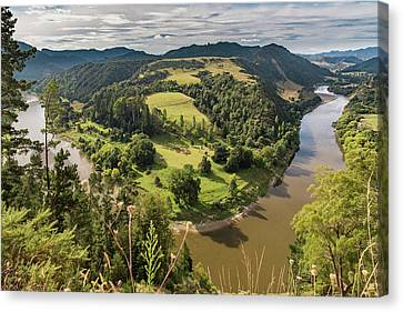 Canvas Print featuring the photograph Whanganui River Bend by Gary Eason