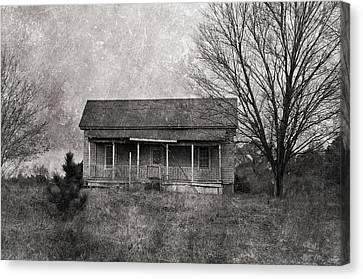 Where Nobody Lives Canvas Print by Kim Hojnacki