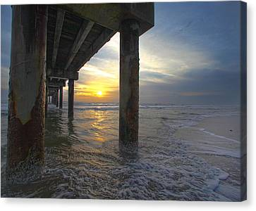 Where The Sand Meets The Surf Canvas Print by Robert Och
