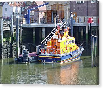 Whitby Lifeboat Canvas Print by Rod Johnson