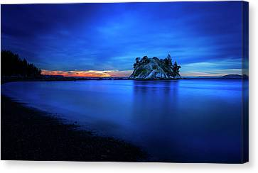 Canvas Print featuring the photograph Whytecliff Sunset by John Poon
