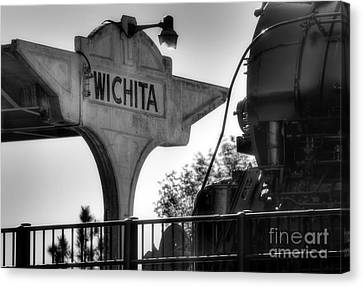 Wichita Approach Canvas Print by Fred Lassmann