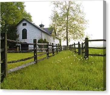 Widener Farms Horse Stable Canvas Print by Bill Cannon