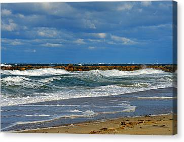 Wild Surf In Cape Cod Bay Canvas Print by Dianne Cowen