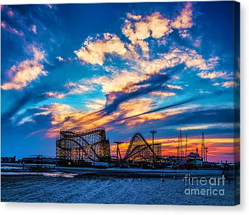 Wildwood Beach Sunset Canvas Print by Nick Zelinsky
