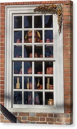 Williamsburg Window 35 Canvas Print by Teresa Mucha