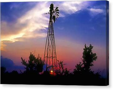 Windmill At Sunset Canvas Print by Stephen Anderson