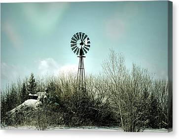 Windmill Keeps On Turning Canvas Print by William Tasker