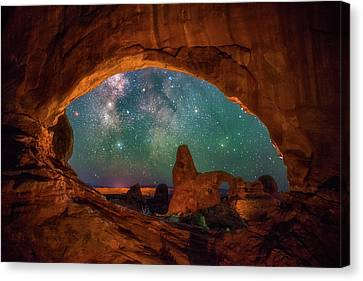 Window To The Heavens Canvas Print by Darren White