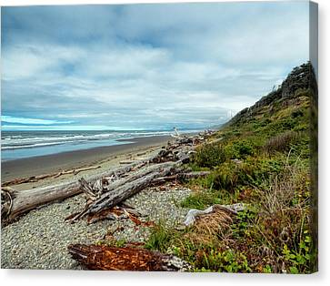 Canvas Print featuring the photograph Windy Beach In Oregon by Michael Hope