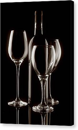 Wine Bottle And Wineglasses Silhouette II Canvas Print by Tom Mc Nemar