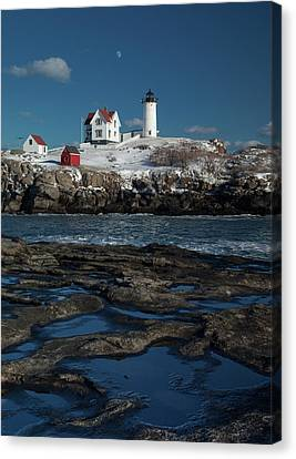 Winter At Nubble Lighthouse Canvas Print by David Smith