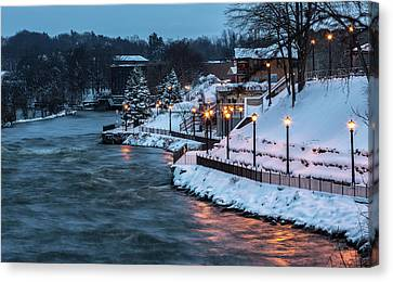 Winter Canal Walk Canvas Print by Everet Regal