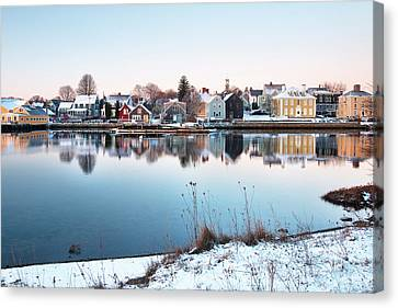 Winter In Portsmouth Canvas Print by Eric Gendron