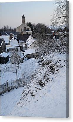 Winter Scene In North Wales Canvas Print by Harry Robertson