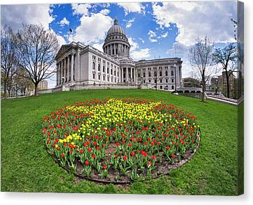 Wisconsin Capitol And Tulips Canvas Print