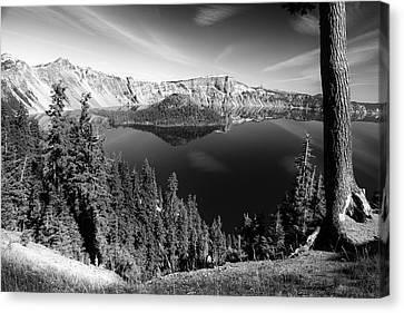 Wizard Island On Crater Lake B W Canvas Print by Frank Wilson