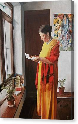 Woman Reading A Letter Canvas Print by Kevin Hopkins