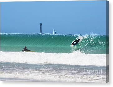 Canvas Print featuring the photograph Wonderwall by Terri Waters