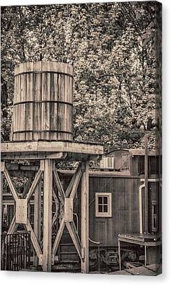 Wooden Water Tower Canvas Print by Pamela Williams