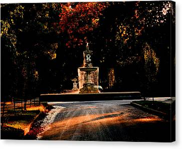 Woodruff Place Fountain  Canvas Print by Martin Morehead