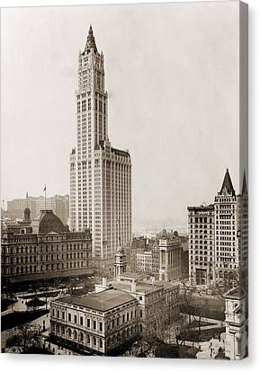 Woolworth Building, The Tallest Canvas Print by Everett