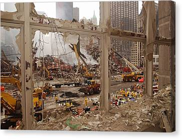 World Trade Center Recovery Operations Canvas Print by Everett