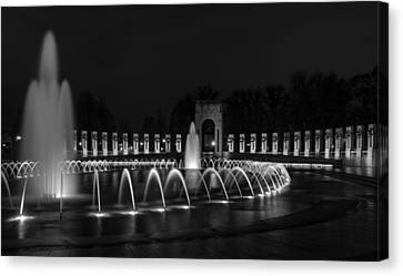 World War II Memorial Canvas Print by Ed Clark