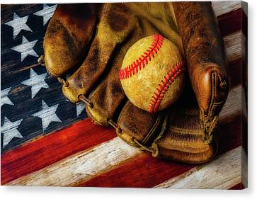 Worn Ball And Mitt Canvas Print by Garry Gay