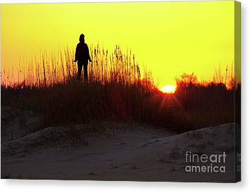 Worship The Sun On The Outer Banks Canvas Print